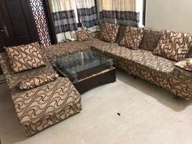 7seater sofa set along with seti and center table
