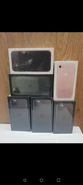 Refurbished I phone 7  8 iphone  different models & samsung good price
