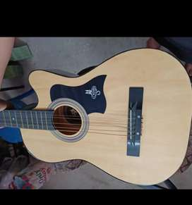 Guitar sell good condition