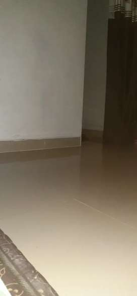 PG available at low cost near airoli Station at 3000rs