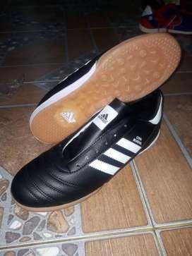 Sepatu futsal yu bisa cod cikarang