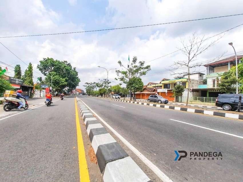 Jual Tanah 2168m2 Tepi Jalan Raya Strategis Cocok Usaha, Kost