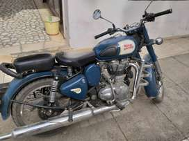 Royal enfield  lagoon colour single hand use