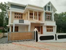 3 bhk 1650 sqft 3.75 cent new build house at kakkanad near thevakkal