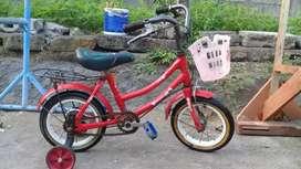 Sepeda anak nagoya ring 12, siap pakai, usia 2-4thn, nego