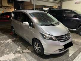 (Pjk panjng) Honda Freed 2010 / 2011 E PSD AT AUTO MATIC rs prestige