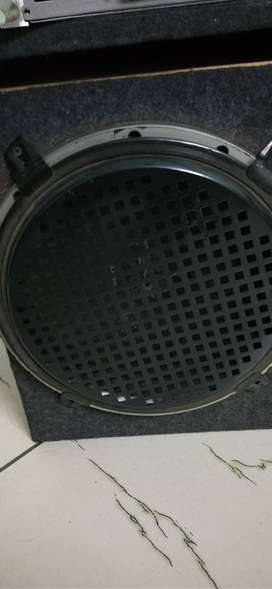 Sony woofer with amp, interested plz call