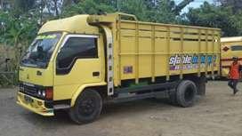 Truck Colt diesel cari sewa murah angkat barang apa saja kemana saja