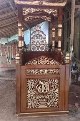 mimbar masjid kaligrafi