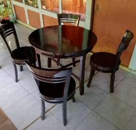 aneka macam kursi makan