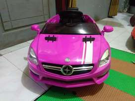 Mobil remot anak anak