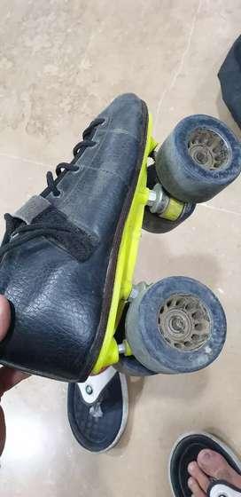 Strada skates hyper rolo