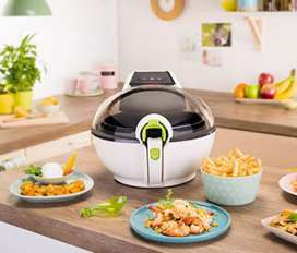 Tefal AirFryer (10/10 mint conditon)( used for maximum 2 times)