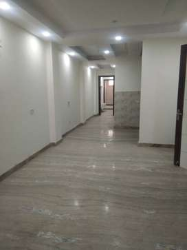 3BHK 125 YARDS PARK FACING AT ATTRACTIVE PRICE.