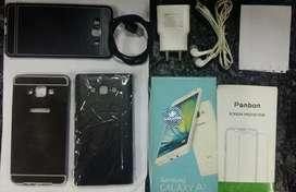 Samsung A7 with all orginal extra accessories