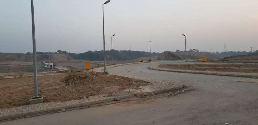 DHA 3 plots for sale 0