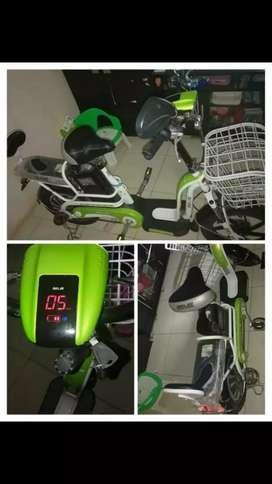 Sepeda listrik merek Selis tipe eoi