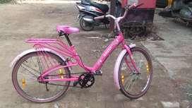 Pink ladies cycle