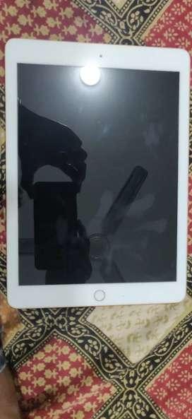 Apple iPad 32Gb - Gold