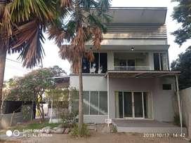 Dijual Rumah Baru 2 Lantai Semi Furnished