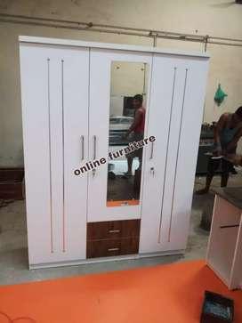 3 door wodrob large size 6*6