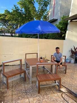 Meja santai dan cafe