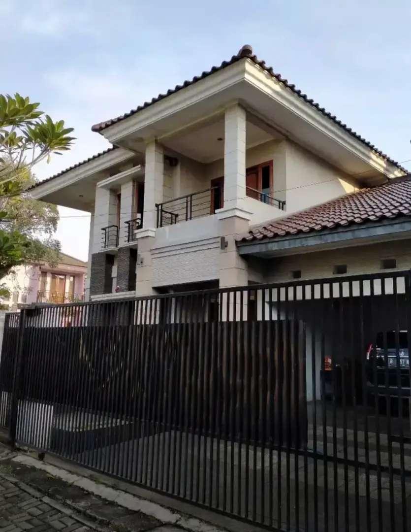 Rumah cantik Anggrek Loka BSD 0