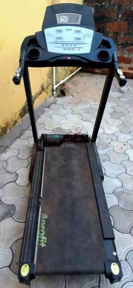 Running machine/Treadmills
