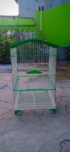 Kandang burung akrilik UK 35*40