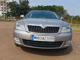 Skoda Laura Elegance 2.0 TDI CR Manual, 2011, Diesel