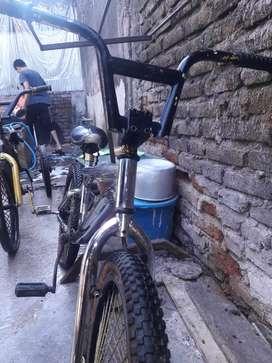 Jual sepeda 2 buah merek facific