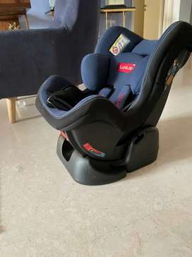 Luvlap baby car seat. Maintained as new