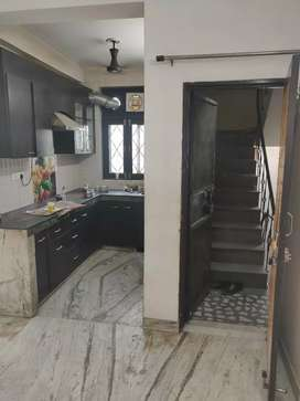 2 BHK ON RENT FOR FAMILY ONLY
