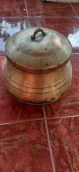 Cawan dan piring antik