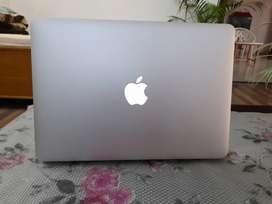 MacBook Air 2019 Model Fresh Piece