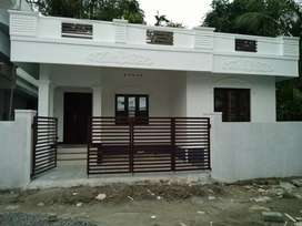 2 bhk 950 sqft 3.5 cent new build house at varapuzha area
