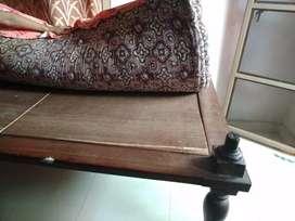 6/4 good teku wood bed with cotton matress