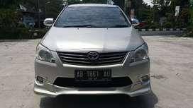 Jual Toyota Kijang Innova  E 2.5 Diesel  2013