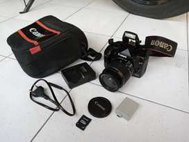 kamera dslr canon 1000d lensa kit normal nego