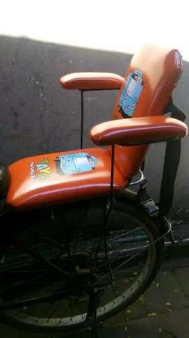Boncengan sepeda pancal belakang