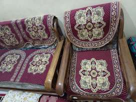 Good looking 5 seater sofa set in 3 piece along with sofa cover