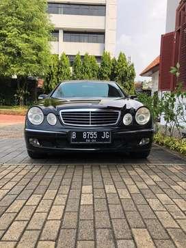 Mercedes Benz E240 W211 Low Km dan Mulus!!