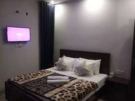 HOTEL executive  luxurious rooms @Day 2000 & Night 3000 & weekly 12000