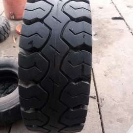 Lifter tyre 28.9.15 brand new tyre Available for sale