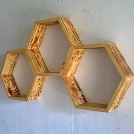Rak Dinding Hexagonal   Kayu Jati Belanda