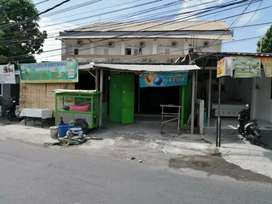 Toko di pinggir jalan pulau Galang dekat imambonjol