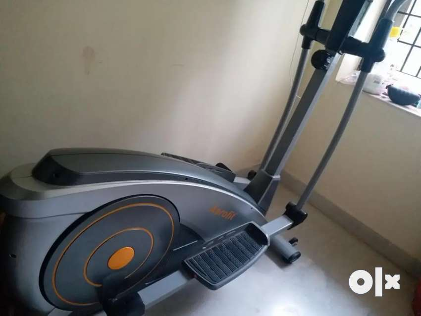 Aerofit ecliptical cross trainer in excellent condition 0