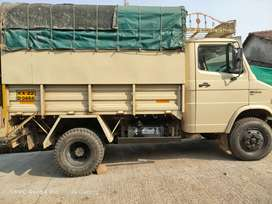 TATA 407 double tyre.hevy Chesiss