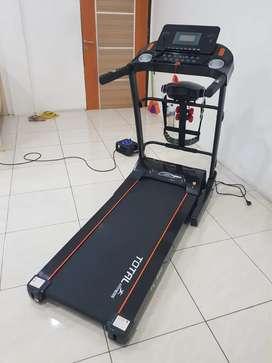 Treadmill tl680