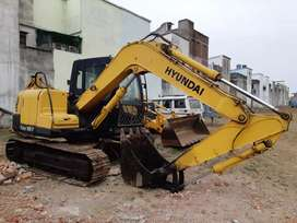 Hyundai R80 excavator good running conditions  model 2013